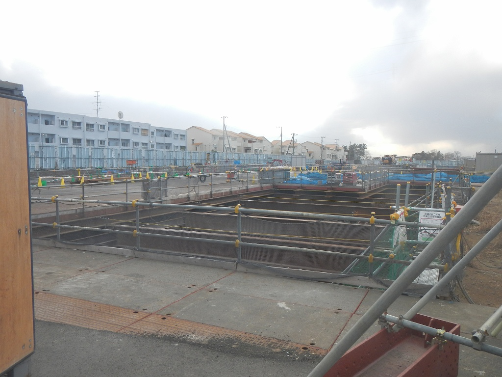 20140126 圏央道北本二ツ家踏切部分 DSCN3045