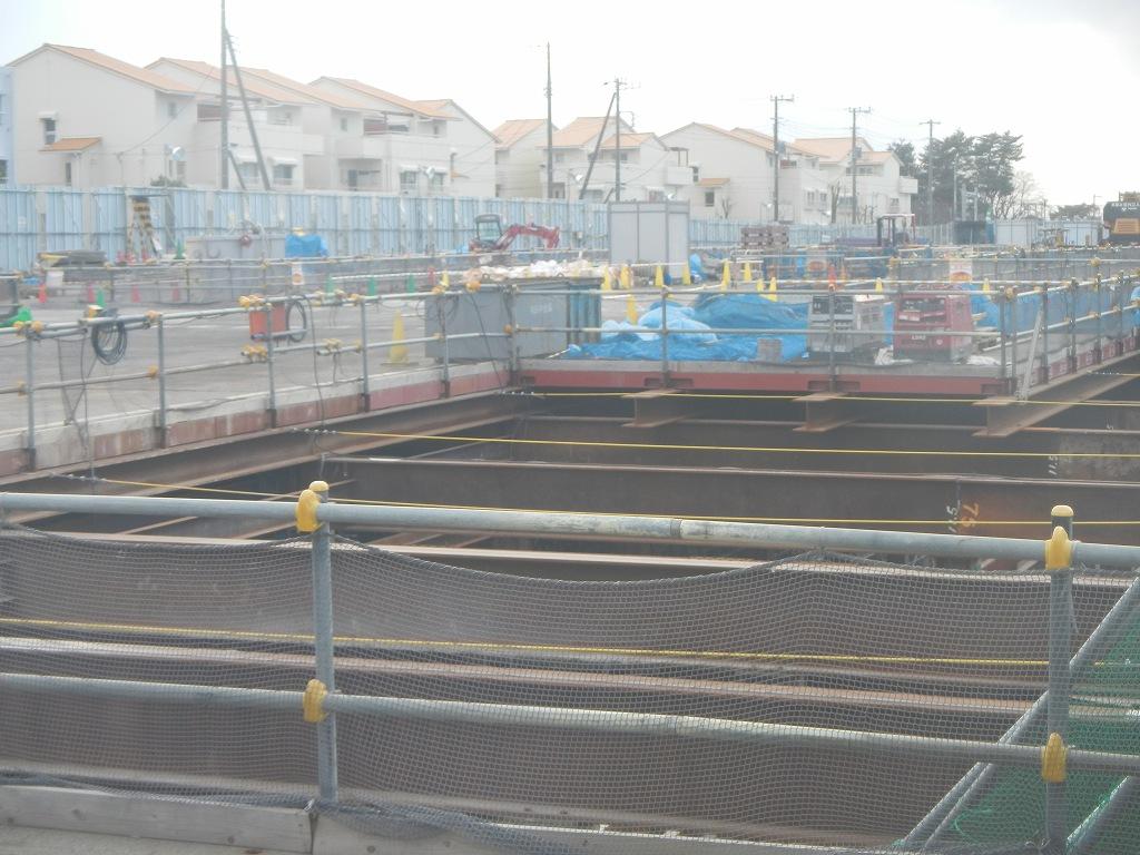 20140126 圏央道北本二ツ家踏切部分 DSCN3046
