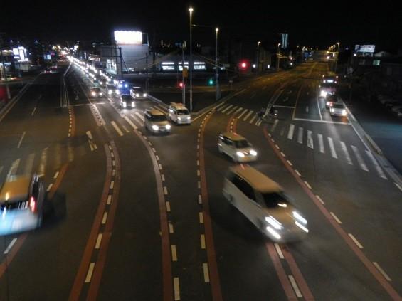 桶川市国道17号坂田交差点に桶川霊園の看板(内照式)ができました 夜 DSCN3824