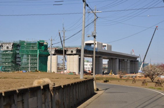 20140126 圏央道進捗状況 桶川市 桶川加納IC、桶川高校入口交差点付近 DSC_0143