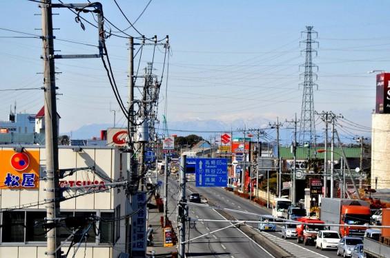 桶川市国道17号坂田交差点から見える赤城山  DSC_0025+