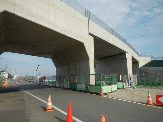 20140418 圏央道進捗状況 桶川市上日出谷 圏央道を跨ぐ陸橋周辺DSCN3973