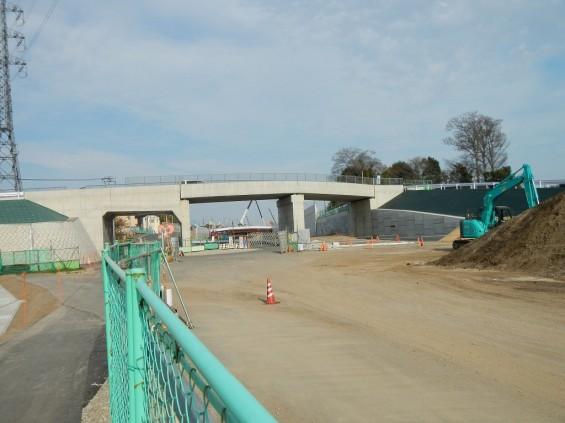 20140418 圏央道進捗状況 桶川市上日出谷 圏央道を跨ぐ陸橋周辺DSCN3996