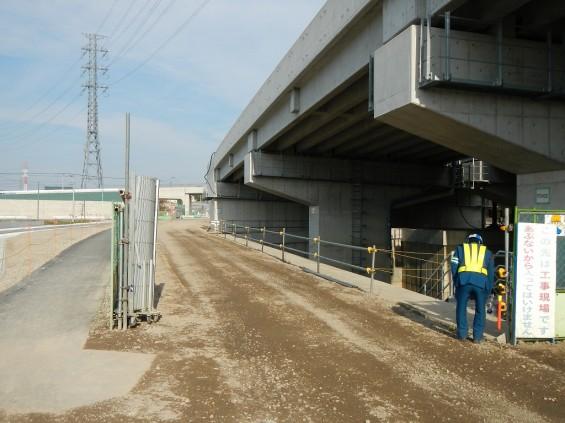 20140418 圏央道進捗状況 桶川市上日出谷 圏央道を跨ぐ陸橋周辺DSCN3992