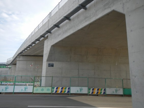 20140418 圏央道進捗状況 桶川市上日出谷 圏央道を跨ぐ陸橋周辺DSCN3969