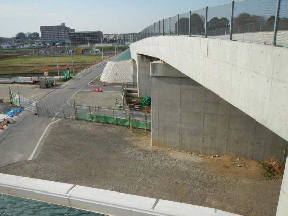20140418 圏央道進捗状況 桶川市上日出谷 圏央道を跨ぐ陸橋周辺DSCN3959