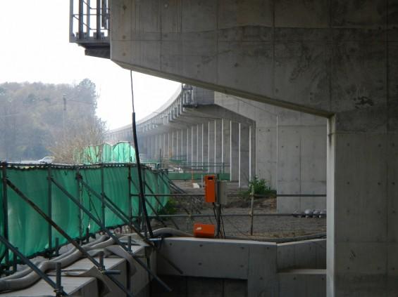 20140418 圏央道進捗状況 桶川市上日出谷 圏央道を跨ぐ陸橋周辺DSCN3988