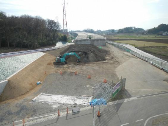 20140418 圏央道進捗状況 桶川市上日出谷 圏央道を跨ぐ陸橋周辺DSCN3963