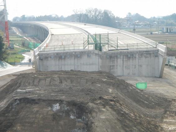 20140418 圏央道進捗状況 桶川市上日出谷 圏央道を跨ぐ陸橋周辺DSCN3964