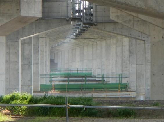 20140418 圏央道進捗状況 桶川市上日出谷 圏央道を跨ぐ陸橋周辺DSCN3990