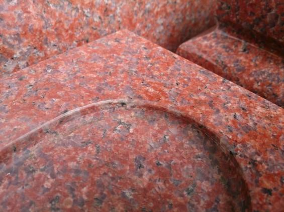 お墓に使う石材の種類 インド産 インド赤DSC_2226