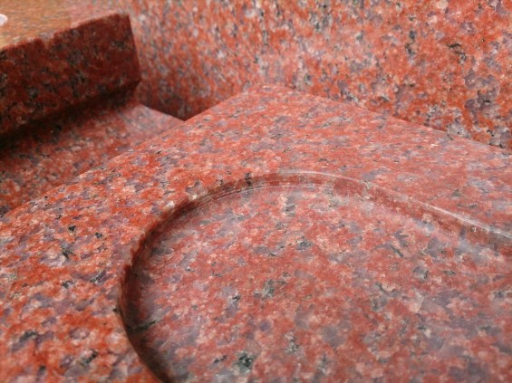 お墓に使う石材の種類 インド産 インド赤DSC_2227