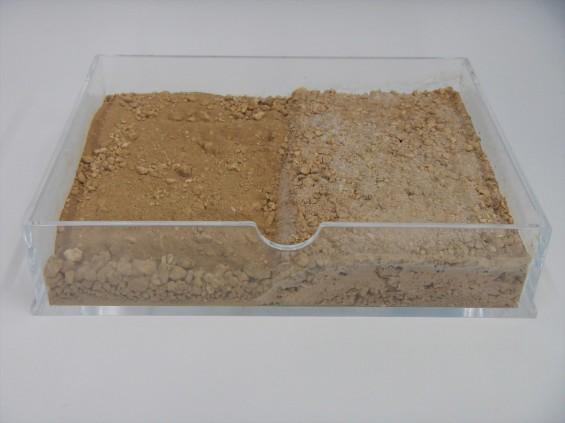 お墓に使用する玉砂利と砂 土の固化 DSCN5988