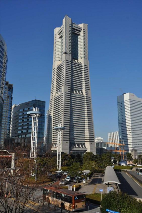横浜支社は横浜ランドマークタワーにありますDSC_0081