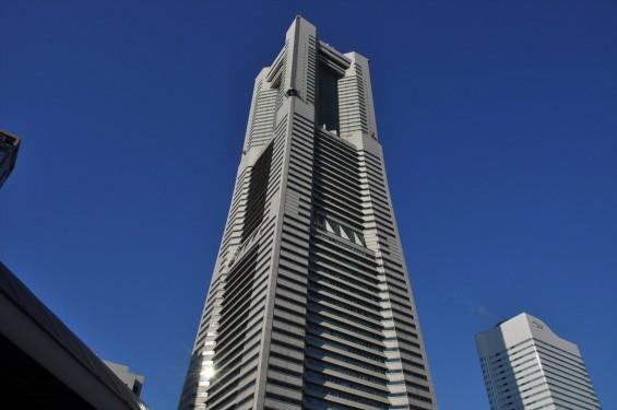横浜支社は横浜ランドマークタワーにありますDSC_0073