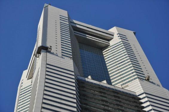 横浜支社は横浜ランドマークタワーにありますDSC_0070