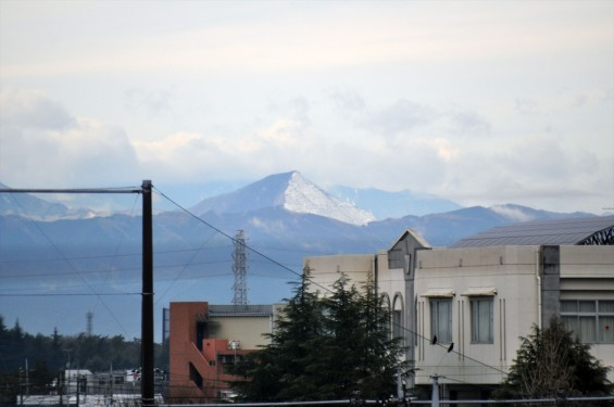 20150304 雨後のきれいな武甲山DSC_0031