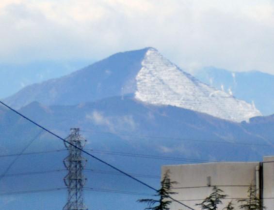 20150304 雨後のきれいな武甲山DSC_0031-