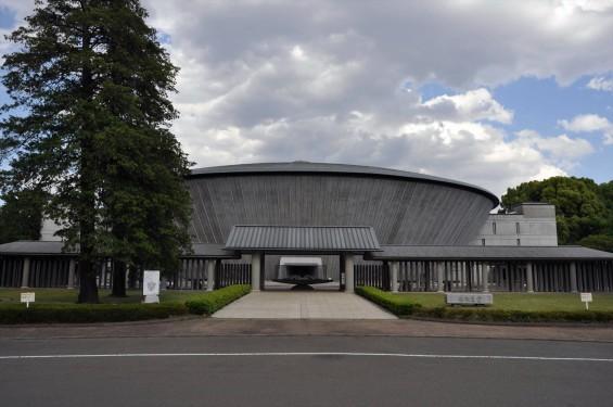 2015年5月 東京都立多磨霊園の みたま堂DSC_0569