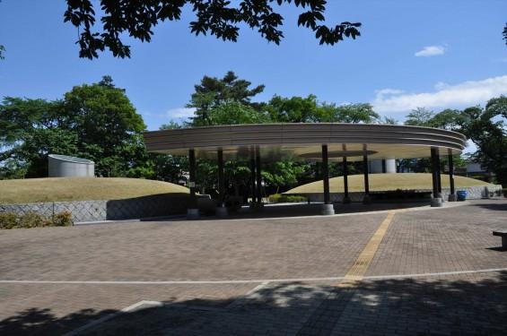 2015年5月 小平霊園の合葬式墓地DSC_0537