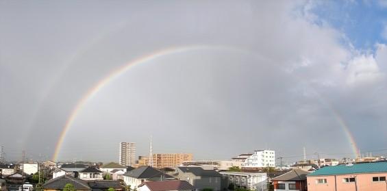 2015年9月9日 台風の土砂降り 虹 全部見える 半弧 半円DSCN7160-