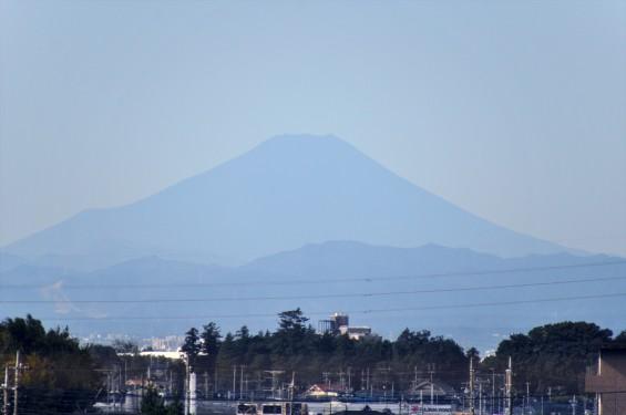 2015年9月30日 埼玉県上尾市から見える富士山 雪がない 夏山DSC_3948のコピー