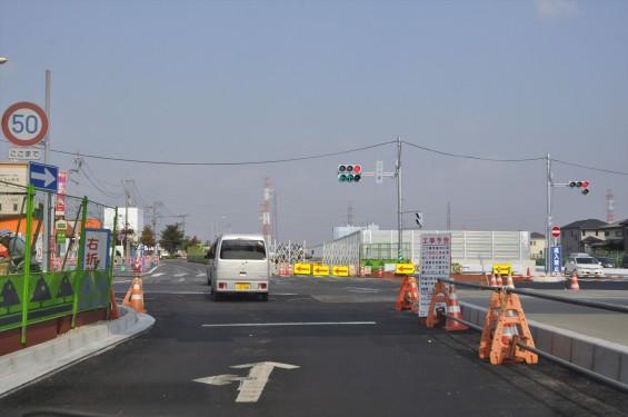 2015年10月 圏央道進捗状況 二ツ家アンダーパス開通(踏切だった場所)-DSC_4097