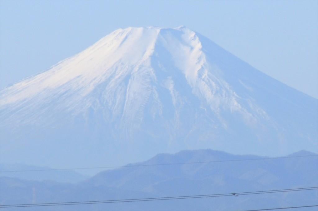 2015年12月22日 冬至の富士山 埼玉県上尾市から見える 朝8時30分撮影DSC_4649+--