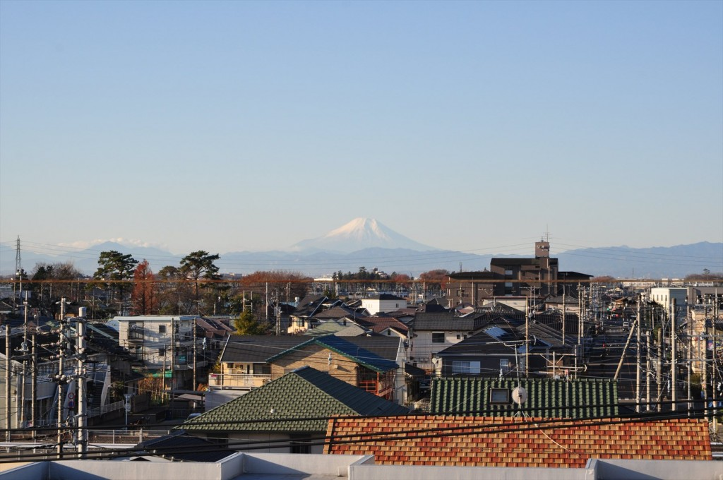2015年12月22日 冬至の富士山 埼玉県上尾市から見える 朝8時30分撮影DSC_4645