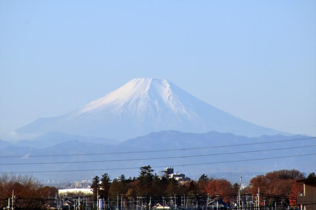 2015年12月22日 冬至の富士山 埼玉県上尾市から見える 朝8時30分撮影DSC_4649+