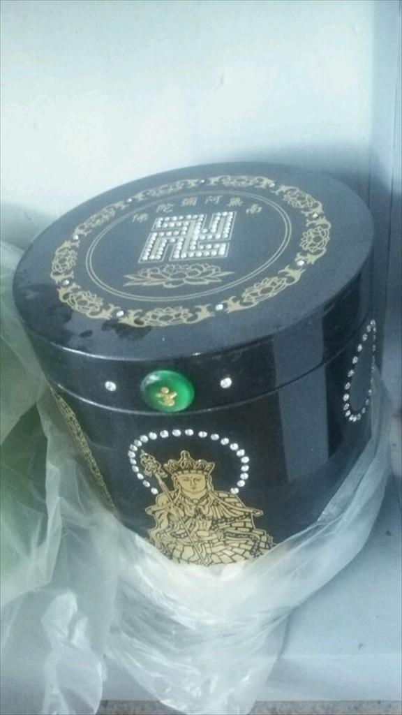 2016年2月 中国の厦門(シャオメイ)へ行ってきました!DSC_5206 素敵なおしゃれなデザインの骨壺