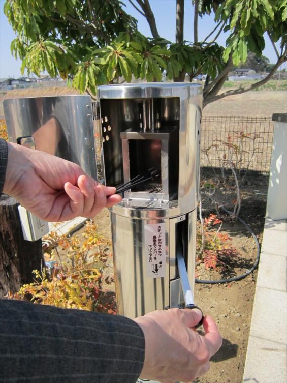 201610 桶川霊園に着火器を設置しました002