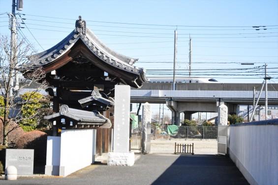 埼玉県伊奈町の寺院 松福寺 しょうふくじDSC_0143 東北新幹線 通過