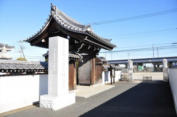 埼玉県伊奈町の寺院 松福寺 しょうふくじDSC_0090 山門
