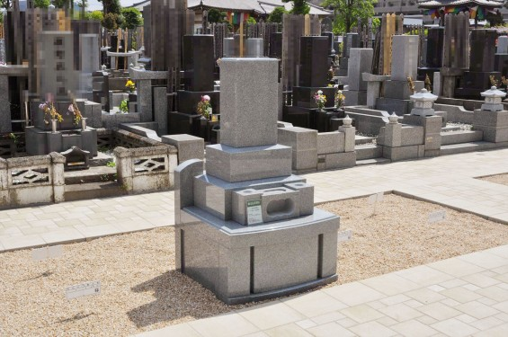 2017年4月埼玉県上尾市の寺院 遍照院墓苑の新区画 見本墓石 サンプル墓石 展示 和型 洋型DSC_2317
