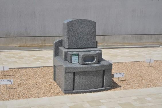 2017年4月埼玉県上尾市の寺院 遍照院墓苑の新区画 見本墓石 サンプル墓石 展示 和型 洋型DSC_2311