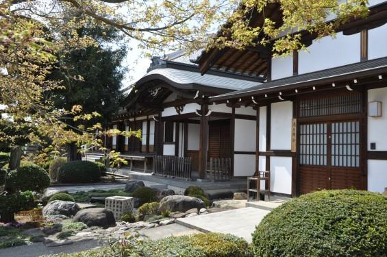 2017年4月12日 埼玉県上尾市の寺院少林寺 客殿入口 DSC_1491