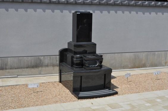 2017年4月埼玉県上尾市の寺院 遍照院墓苑の新区画 見本墓石 サンプル墓石 展示 和型 洋型DSC_2320