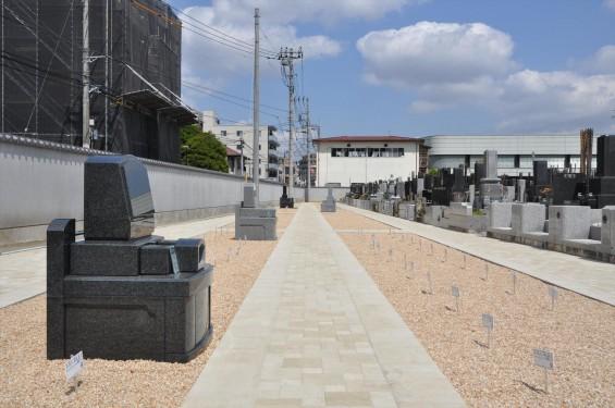 2017年4月埼玉県上尾市の寺院 遍照院墓苑の新区画 見本墓石 サンプル墓石 展示 和型 洋型DSC_2338