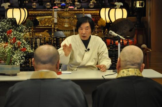 2017年4月14日 上尾市仏教会顧問会総会 今年の会場は遍照院でした 大佛師 仏師 松本明慶氏 講話 講演会 おはなしDSC_1694